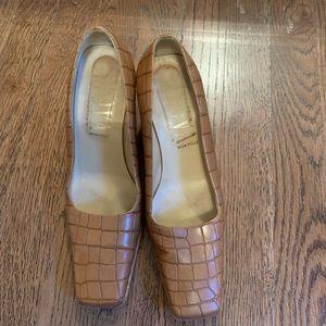 Tan pebbles heels